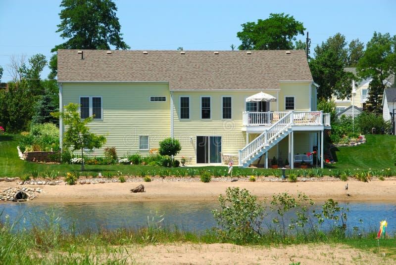 Strand-Haus am Sommer stockbilder