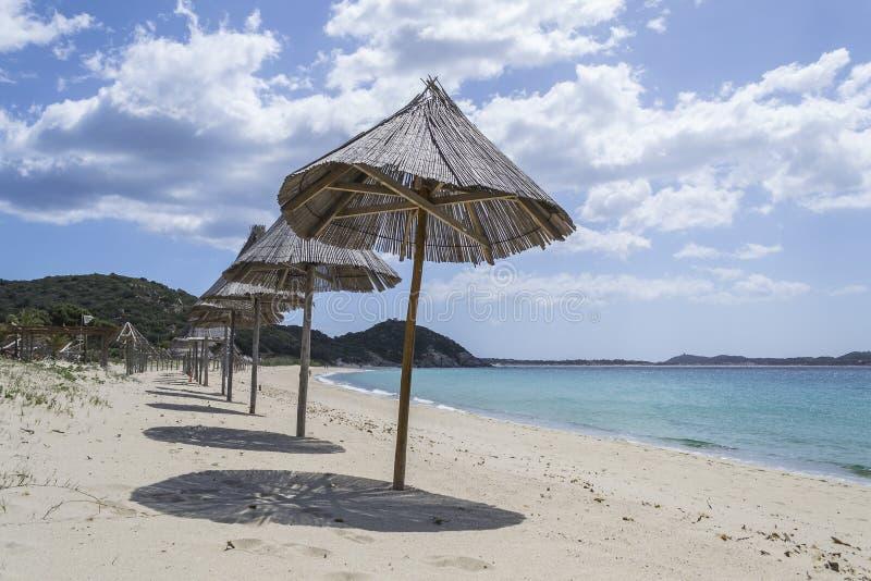 Strand in het zuidoosten van Sardinige Cagliari, Sardinige, Italië stock foto's