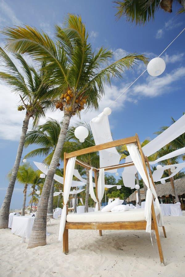 Strand-Hochzeit stockfotos