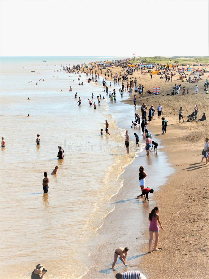 Strand i Augusti på Skegness i Lincolnshire, UK royaltyfri fotografi
