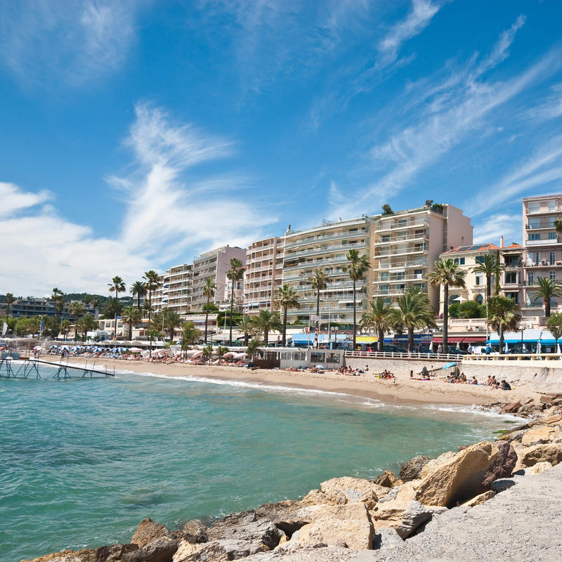Strand i Cannes royaltyfria foton