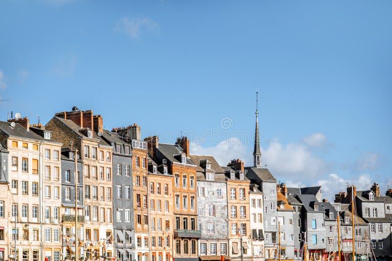 Strand i den Honfleur staden, Frankrike royaltyfri fotografi