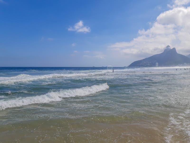 Strand i Rio de Janeiro, Brasilien fotografering för bildbyråer