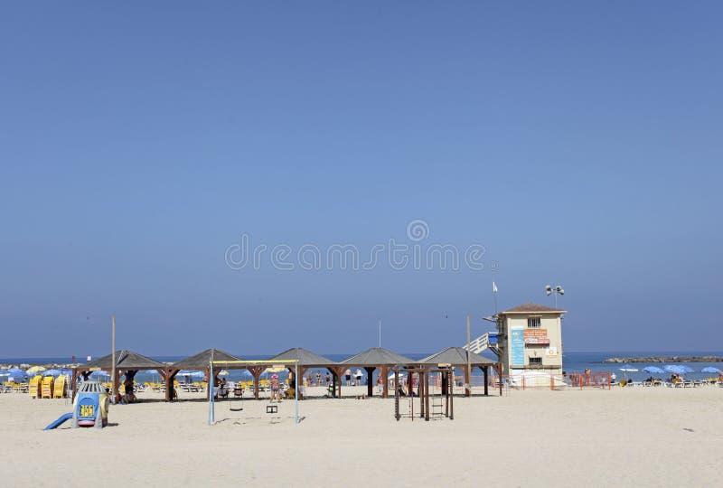 Strand i Tel Aviv, Israel royaltyfri foto