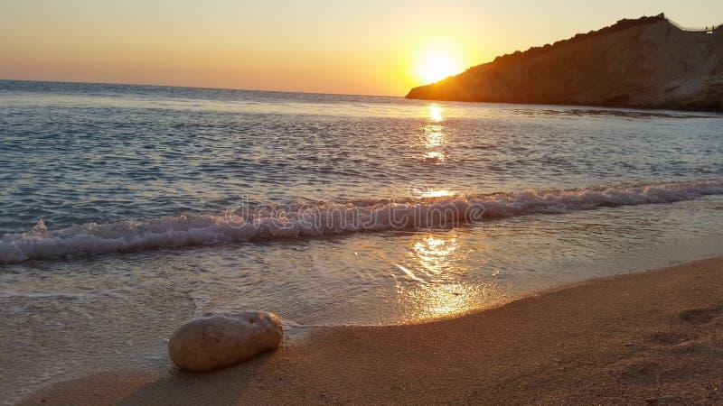 Strand in ionischem Meer stockfotografie