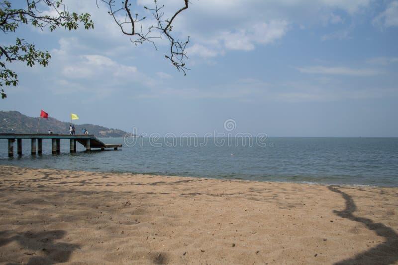 Strand längs sjön Kivu, Gisenyi, Rwanda arkivfoton