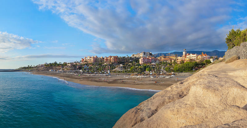 Strand Las Amerika in het eiland van Tenerife - Kanarie royalty-vrije stock foto