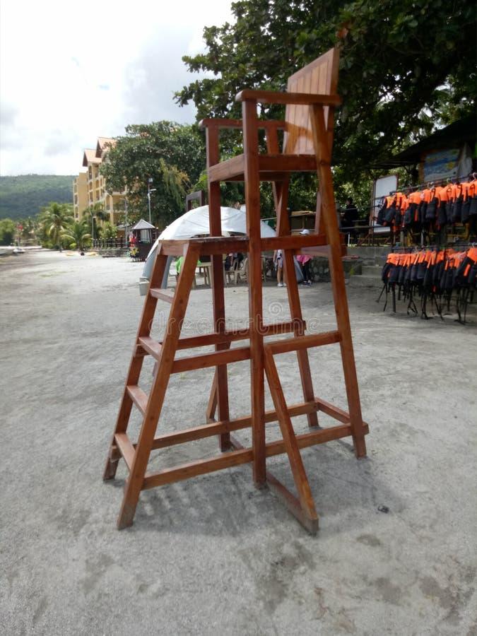 Strand-Leibwächter Chair stockfotos
