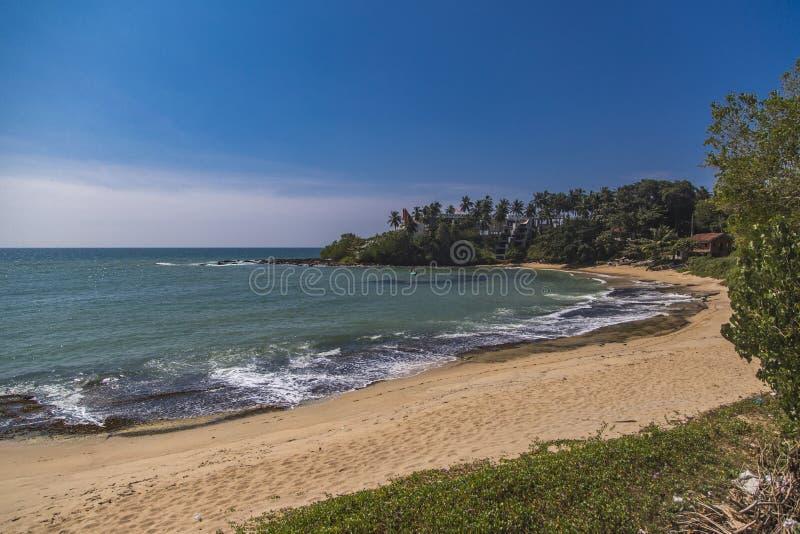 Strand in Matara, Sri Lanka stock foto's