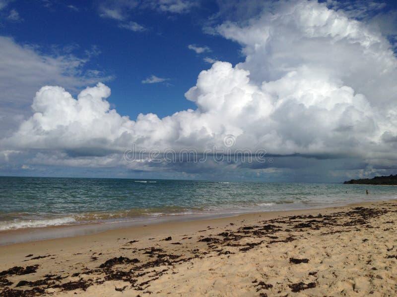 Strand met regen royalty-vrije stock afbeelding
