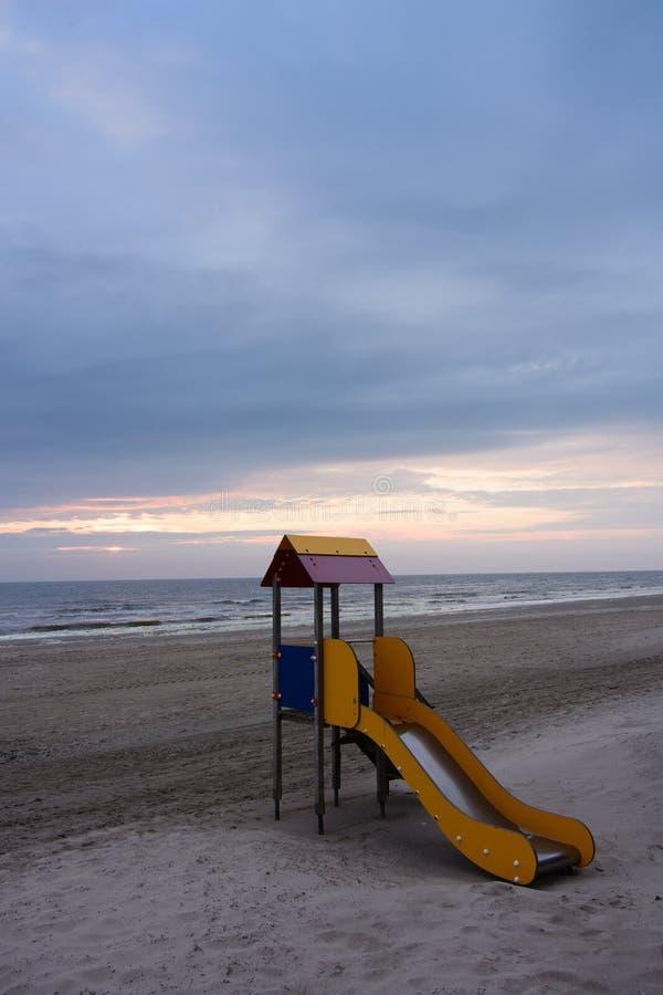 Strand mit buntem Dia stockfoto