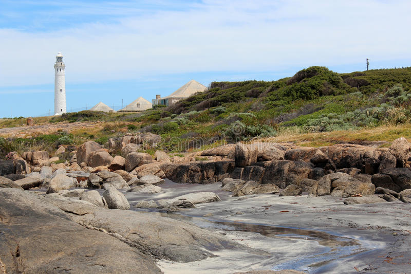Download Strand Mit Leuchtturm Augusta Westaustralien Stockbild - Bild von südlich, fische: 27734461