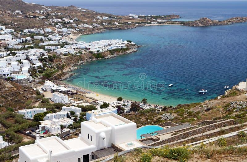 Strand in Mykonos-Insel in Griechenland stockfotografie