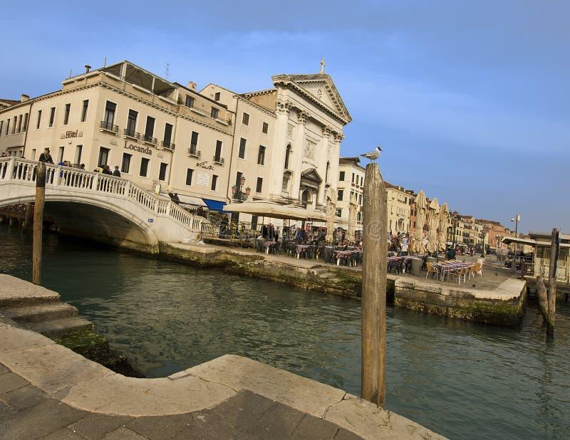 Strand nära den Sanka fläckfyrkanten, Venedig arkivbilder