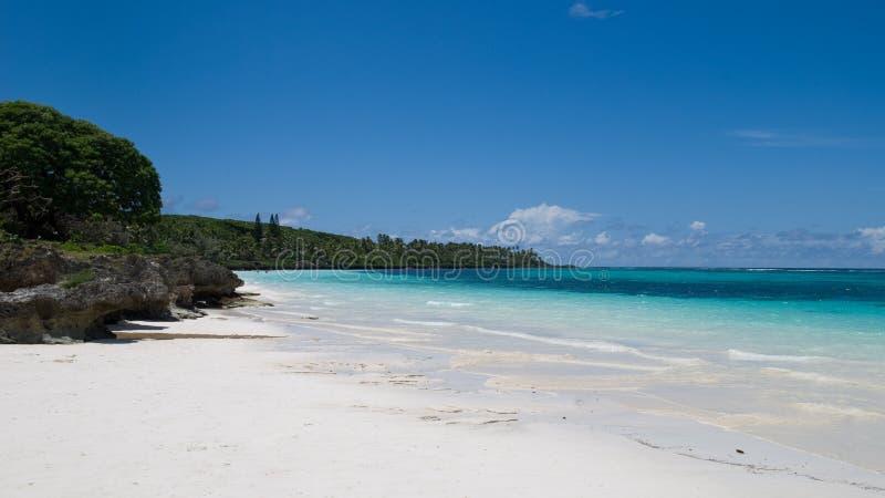 Strand in Nieuw-Caledonië royalty-vrije stock afbeelding