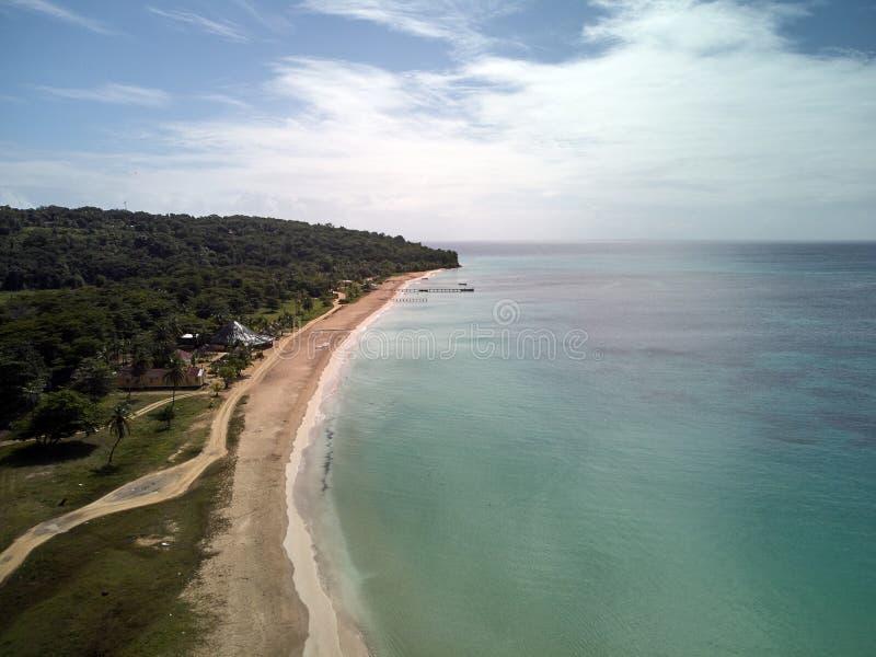 Strand op graaneiland in Nicaragua stock foto's