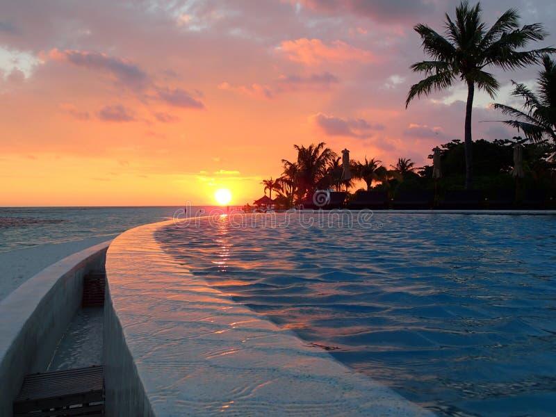 Strand op Kuredu-eiland - Eilanden Madlives royalty-vrije stock afbeeldingen