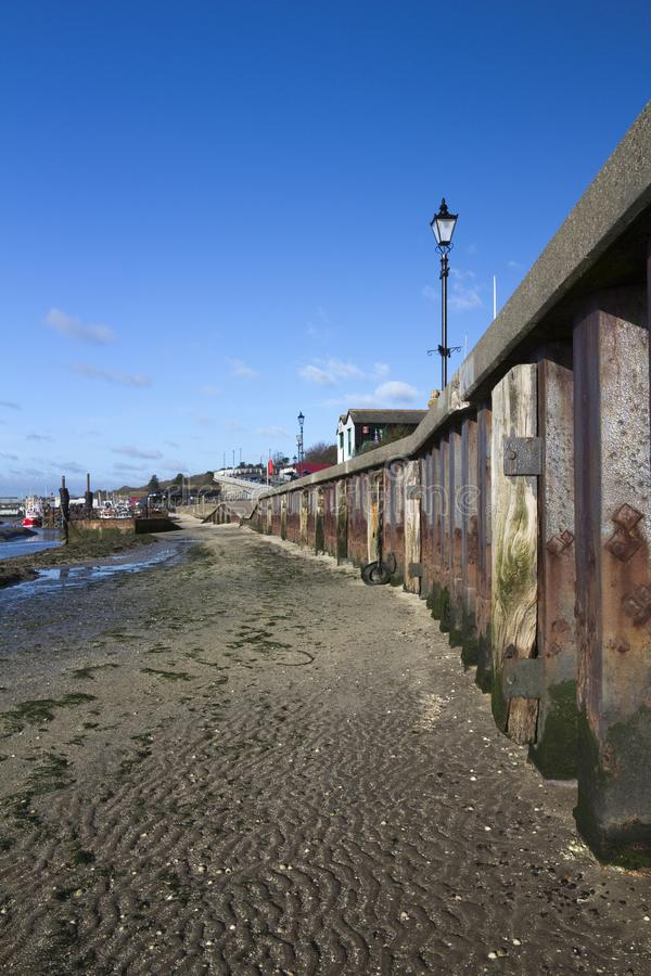 Strand in Oude Leigh, Essex, Engeland stock afbeelding