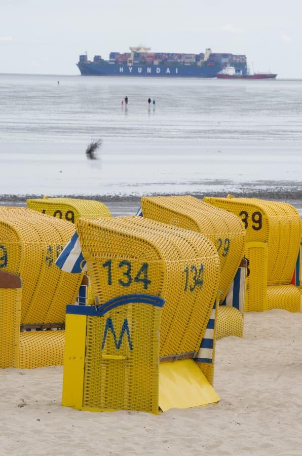 Strand på det wadden havet nära Cuxhaven royaltyfri bild