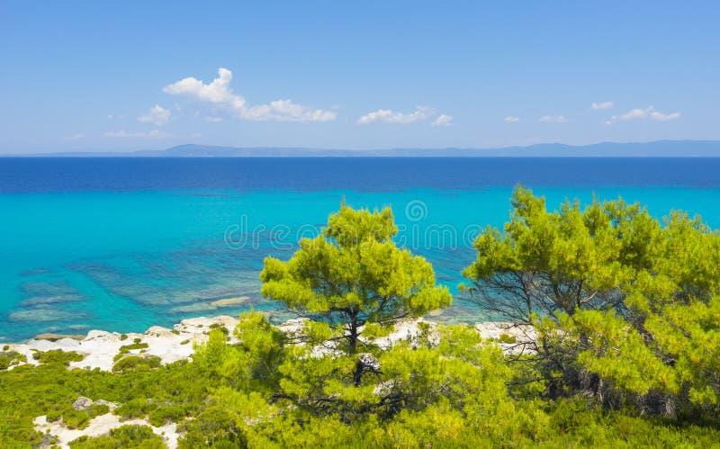 Strand på Halkidiki, Sithonia, Grekland royaltyfria bilder