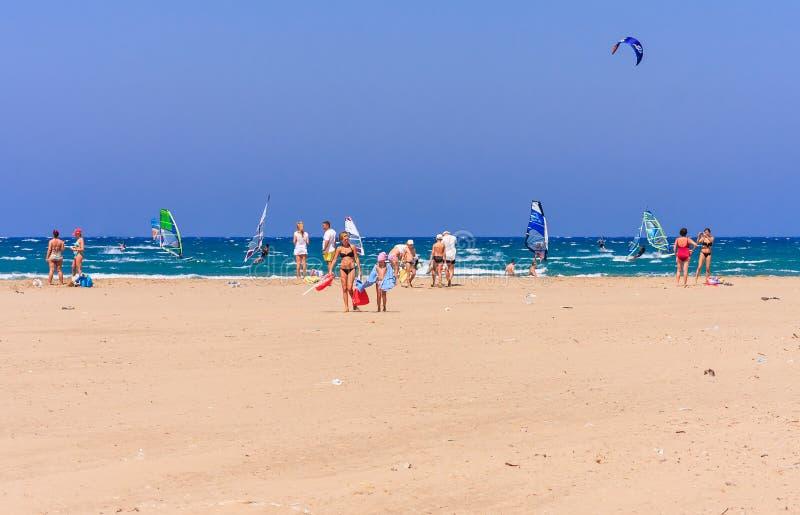 Strand på näset Prasonisi Rhodes ö Grekland royaltyfria bilder