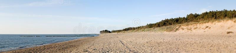 Strand-Panorama lizenzfreies stockfoto
