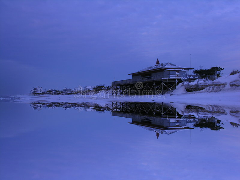 Strand Pavillon im Winter stockbilder