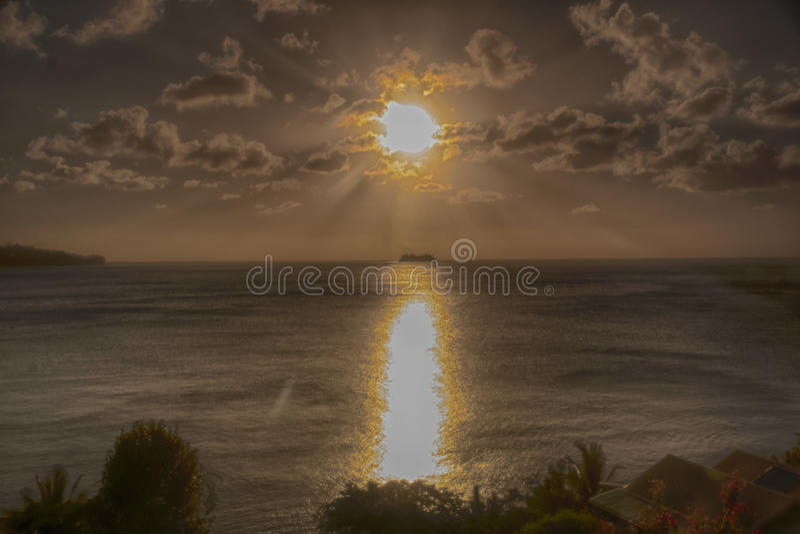 Strand Saint Lucia för solnedgångkalebassliten vik royaltyfri bild