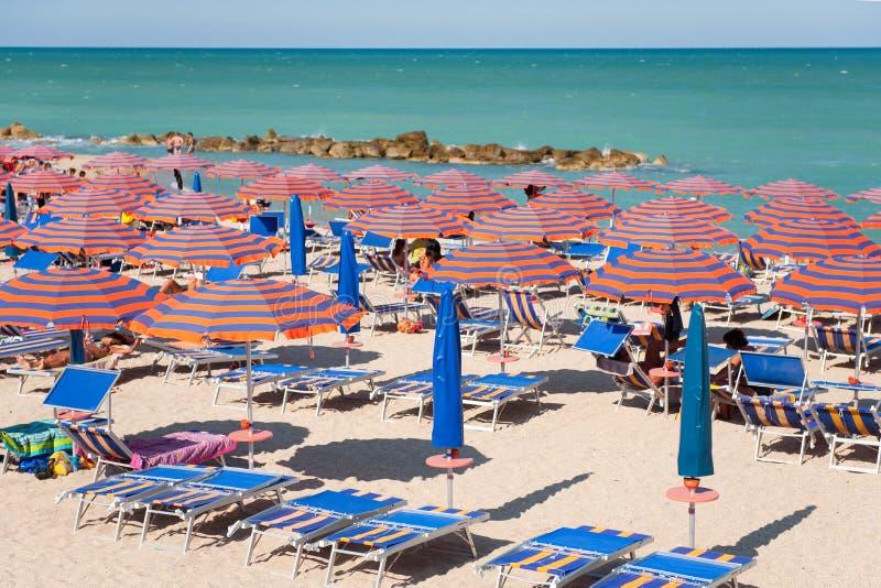 Strand am Sommer stockfotos