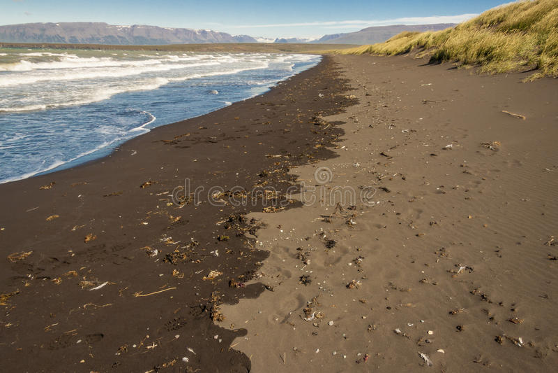 Strand in stad Saudarkrokur - IJsland royalty-vrije stock foto's