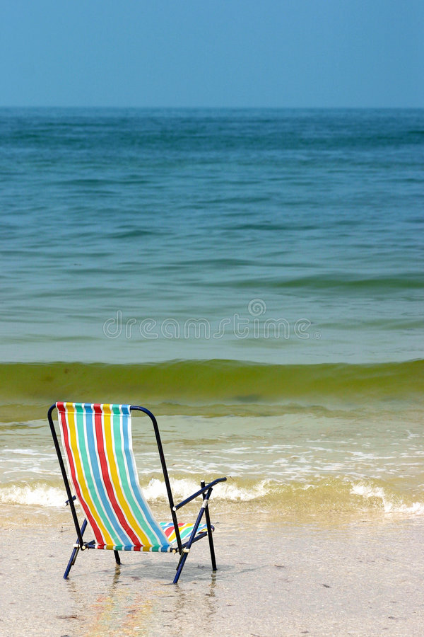 Strand-Stuhl lizenzfreie stockfotos