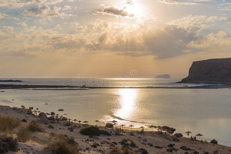 Strand und Lagune Balos während des Sonnenuntergangs, Chania-Präfektur, West-Kreta, Griechenland lizenzfreie stockfotos