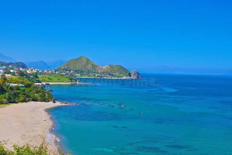 Download Strand und Leiste stockfoto. Bild von küste, strand, sommer - 27734060