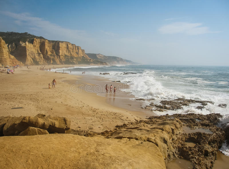 Strand in Valle Furado, Portugal stock afbeeldingen