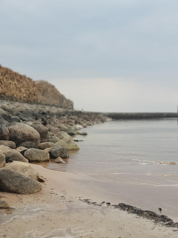Strand van de overzeese het waterweer landschapsaard royalty-vrije stock foto's