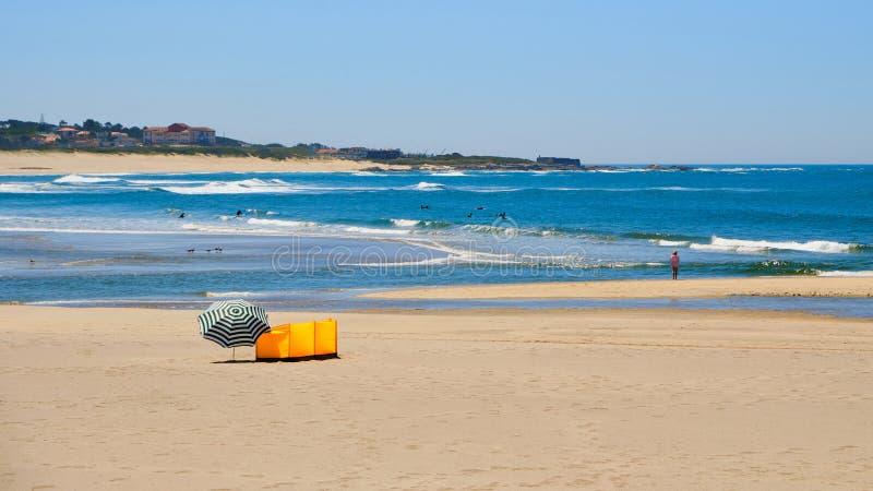 Strand Vila Praia de Ancora fotografering för bildbyråer