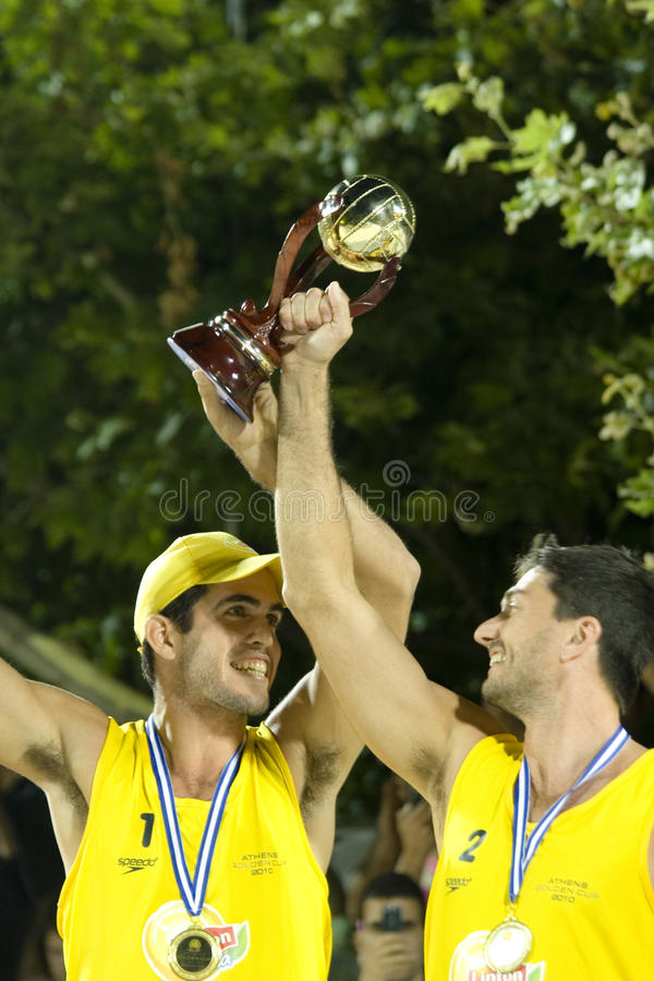 Strand Volleyballpara und Roberto Pitta stockfotos