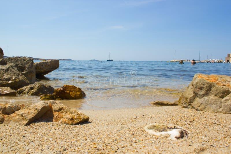 Strand von Bandol lizenzfreies stockbild