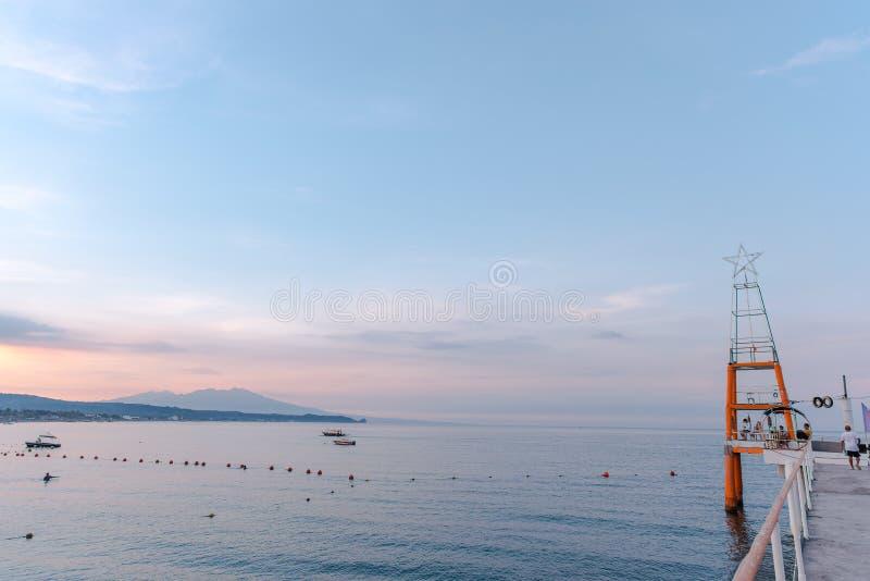 Strand von Morong, Bataan, Philippinen stockfotos