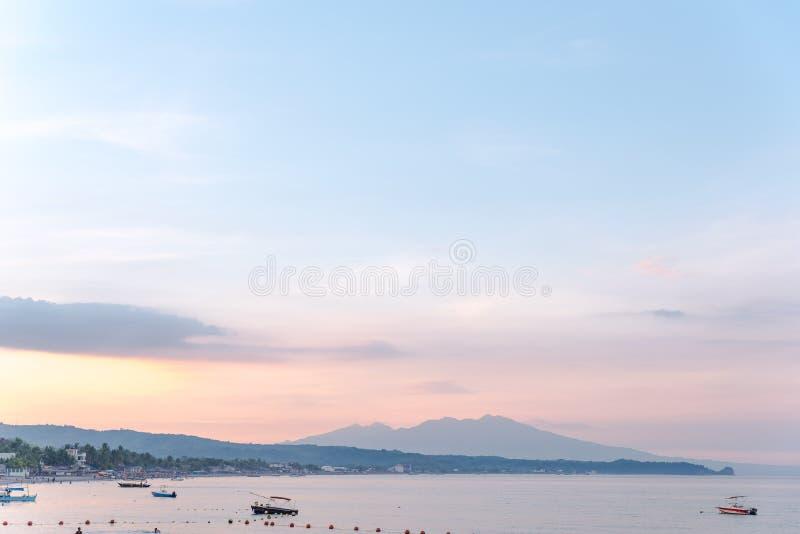 Strand von Morong, Bataan, Philippinen stockbilder