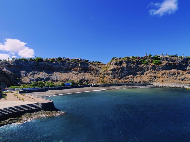 Strand von San Sebastián auf Gomera lizenzfreies stockbild