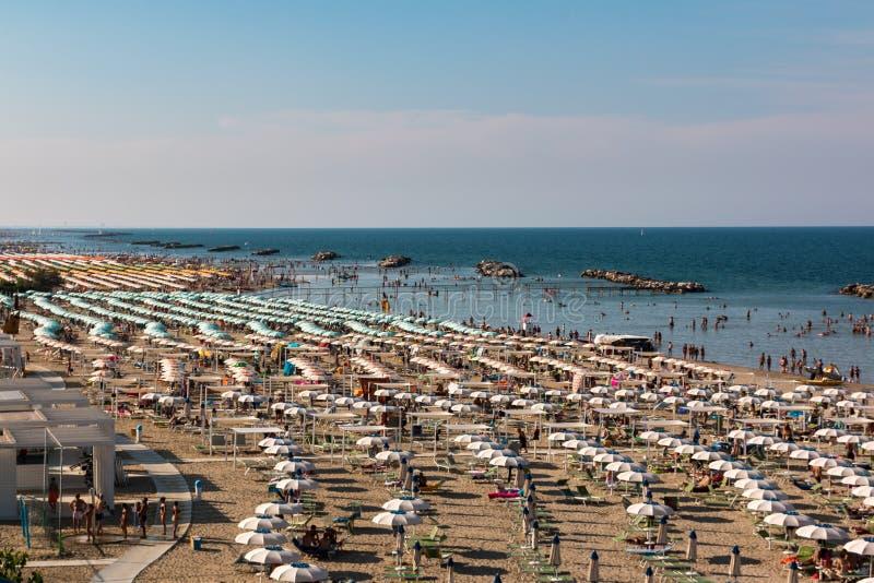 Strandabschnitt in Torre Pedrera in Rimini in Italien lizenzfreies stockfoto