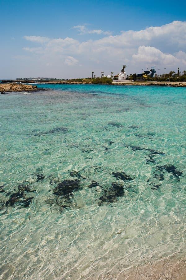 Strandansicht in Zypern stockfoto