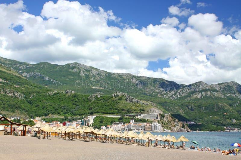 strandbecici montenegro arkivbilder
