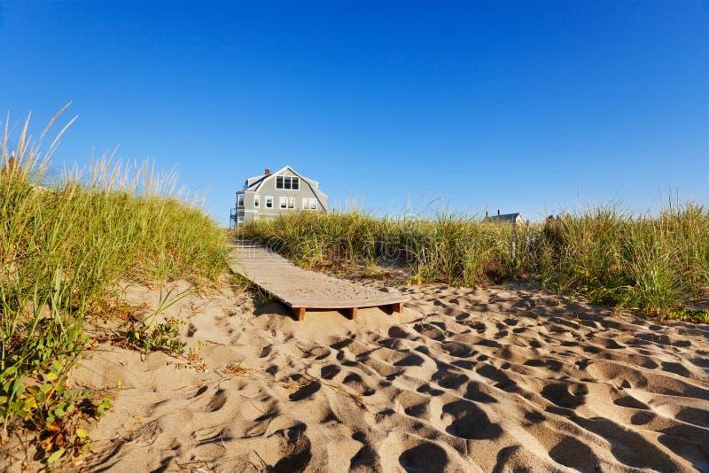 strandboardwalk maine till royaltyfria bilder