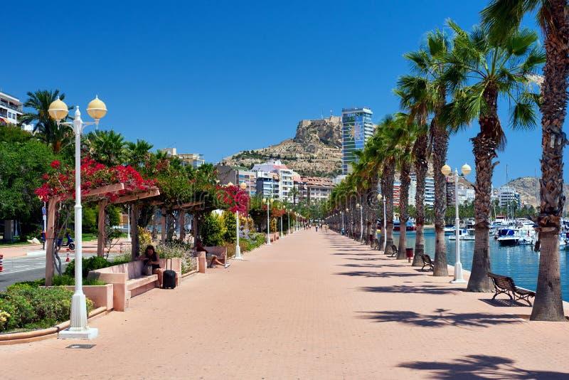 Strandboulevardpromenade van Alicante royalty-vrije stock foto's