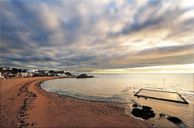 strandbroadstairsengland thanet royaltyfri fotografi