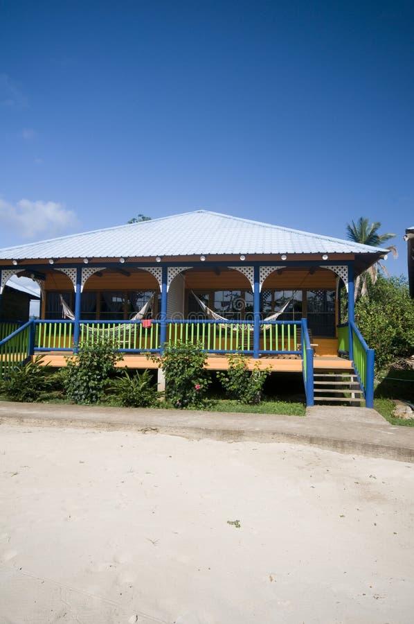 strandcabanas konserverar hängmattahotellön nicaragua royaltyfria foton