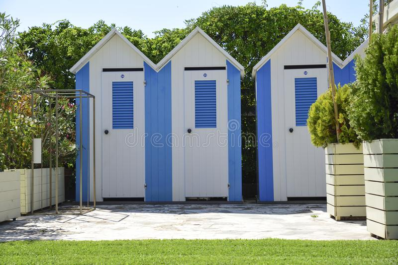 Strandcabines in Versilia, Toscanië, Italië stock afbeeldingen