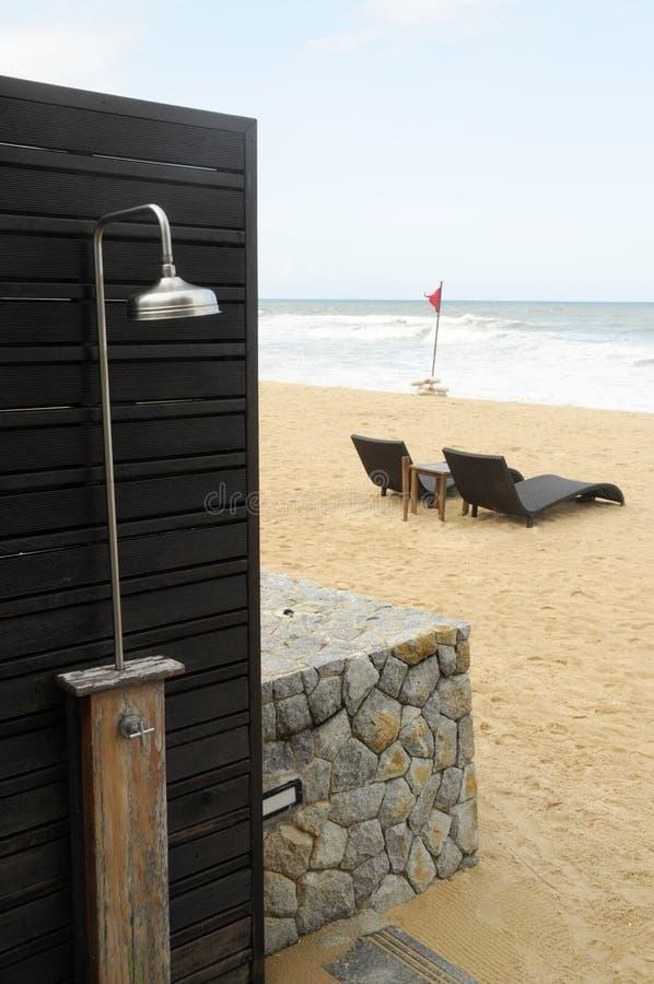 Stranddusche stockbild